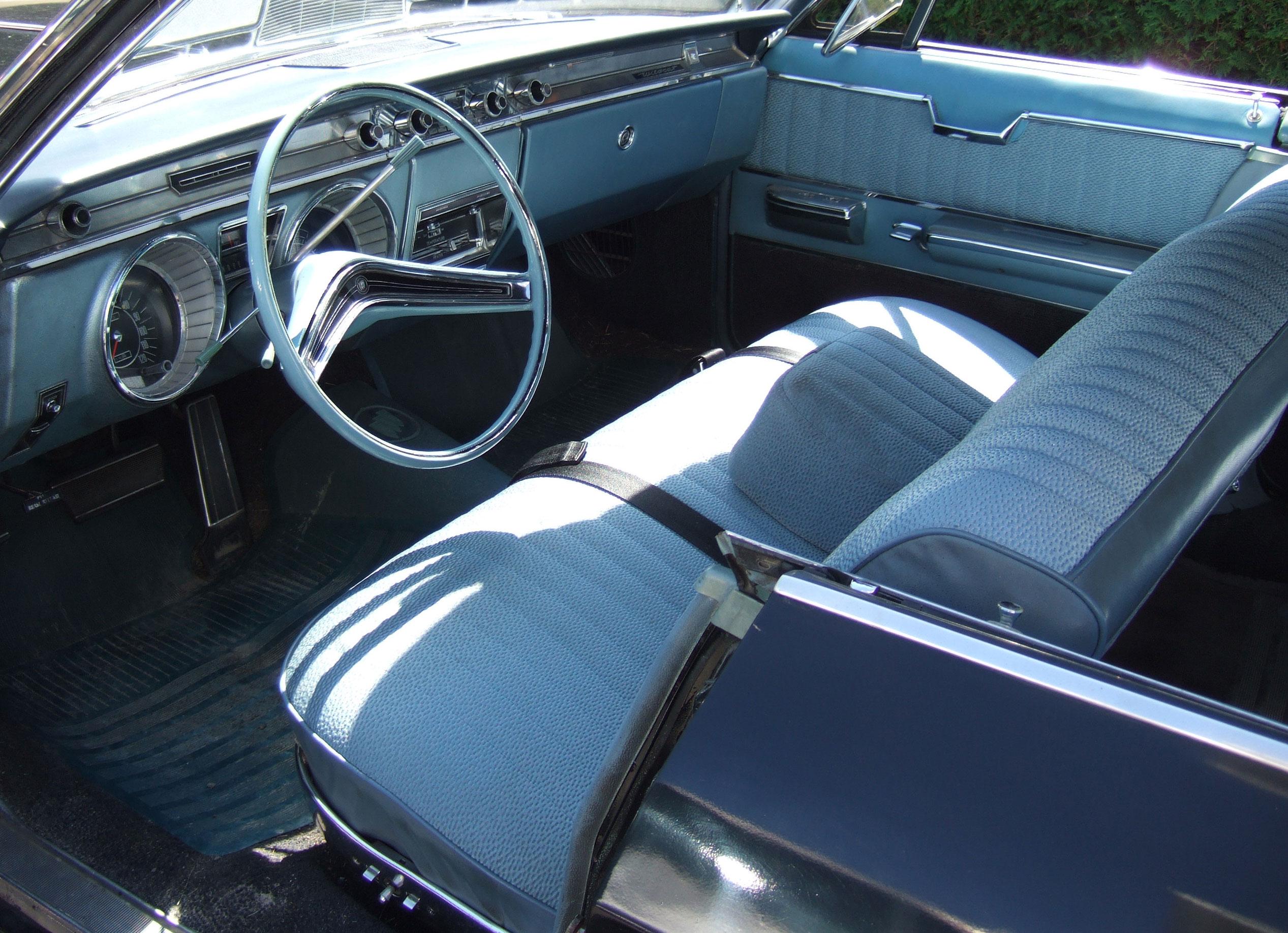 CC Advertising: 1965 Buick Wildcat — La Wildcat!   Curbside