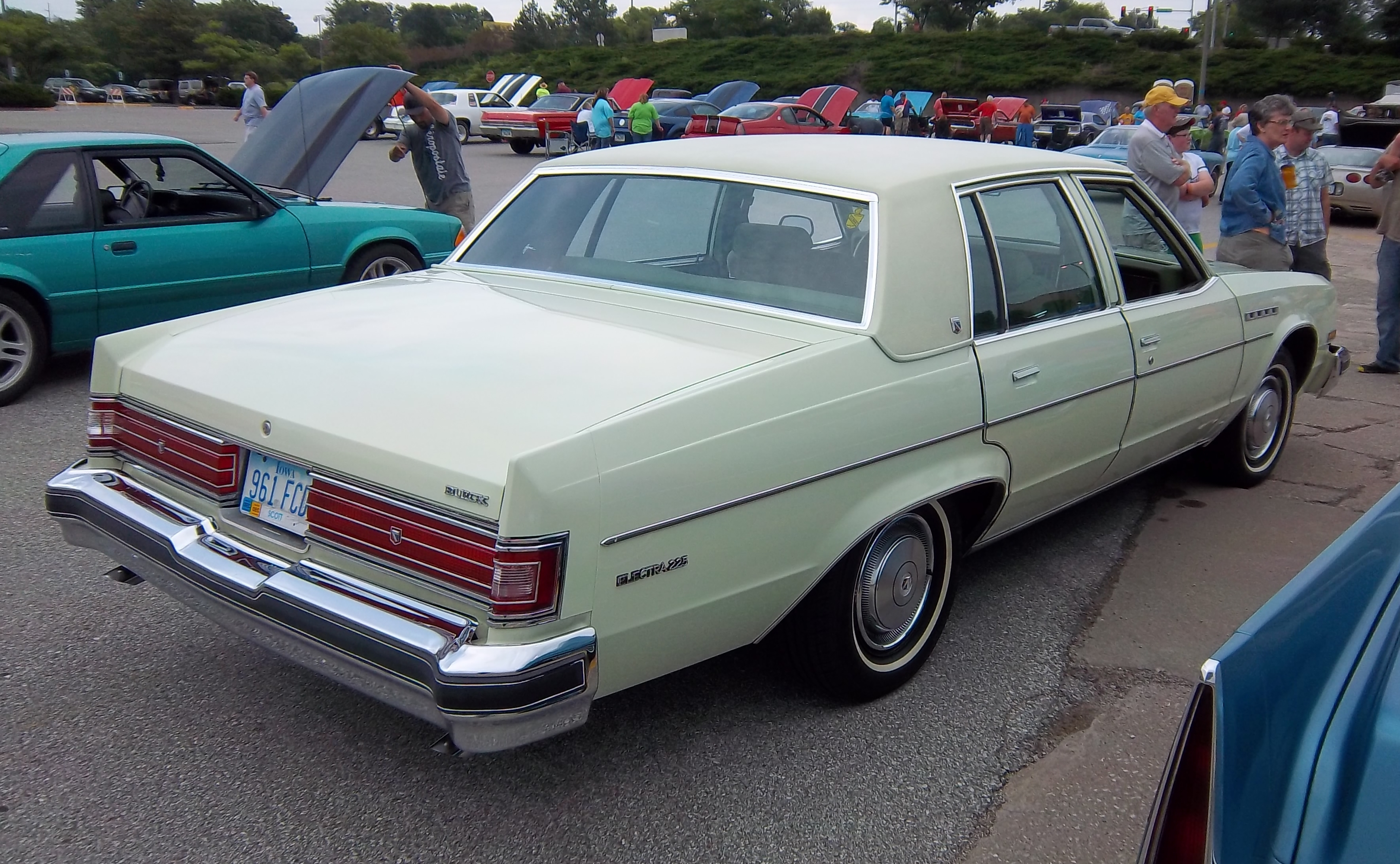 sharing cars galleries buick topworldauto photo of photos park for flickr sale ultra avenue electra