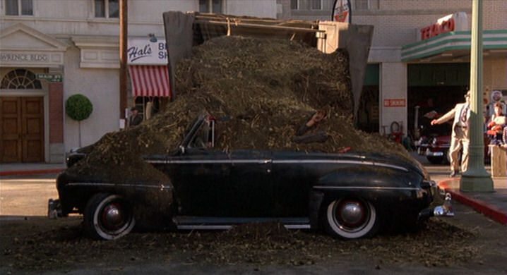 1946 Ford décapotable (Biff Retour vers le futur) 252184