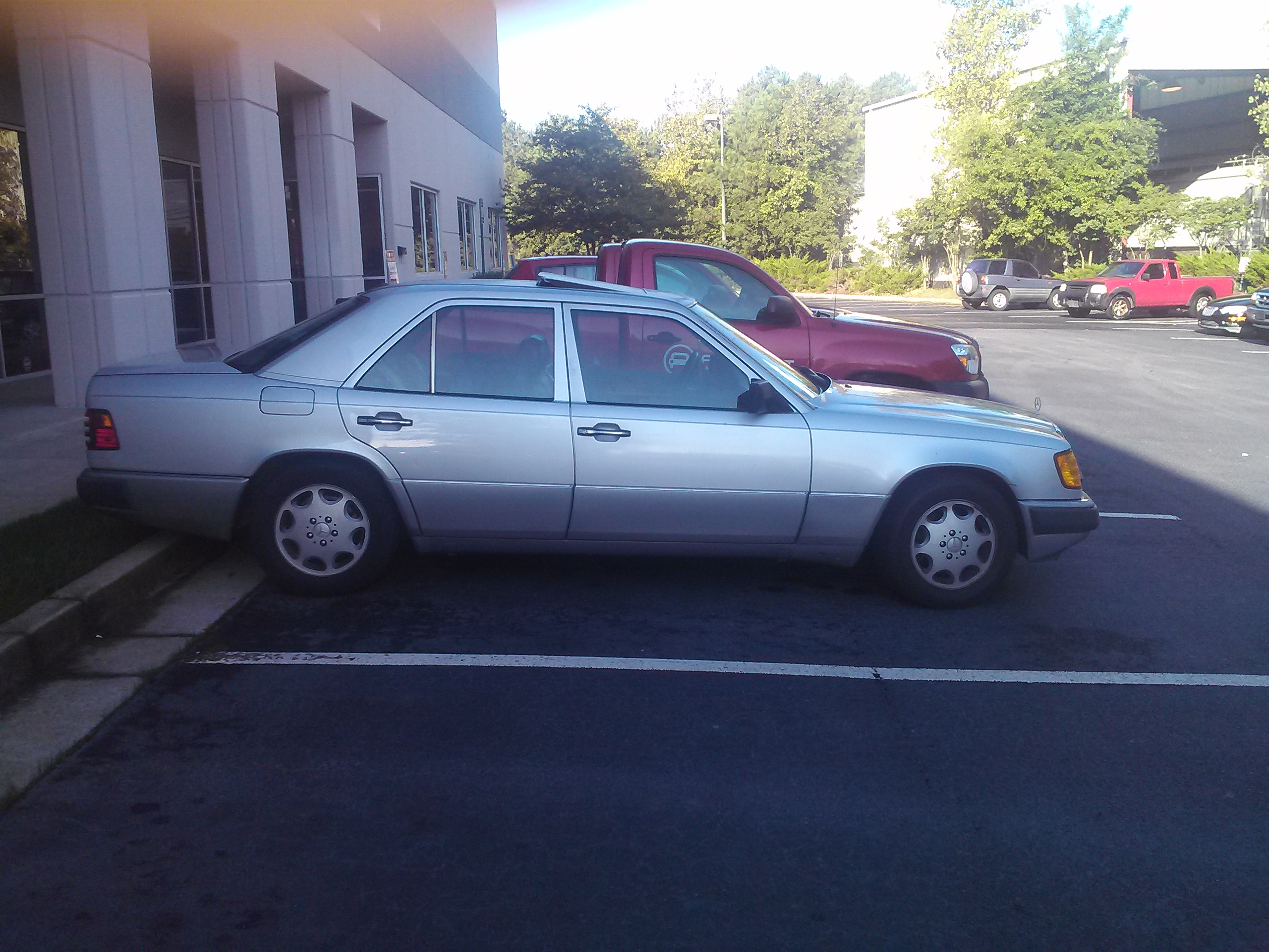 Coal 1992 Mercedes Benz 400e The Sleeper 1994 Mercedesbenz E420 Engine Wiring Harness Genuine My 92 Has Over 300k And Still Drives Like Its New Only Complaint Is That Leather Not As Durable Mb Tex