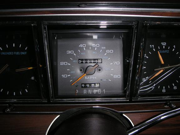 in motion outtake 1989 lincoln town car hurtling into twenty sixteen. Black Bedroom Furniture Sets. Home Design Ideas