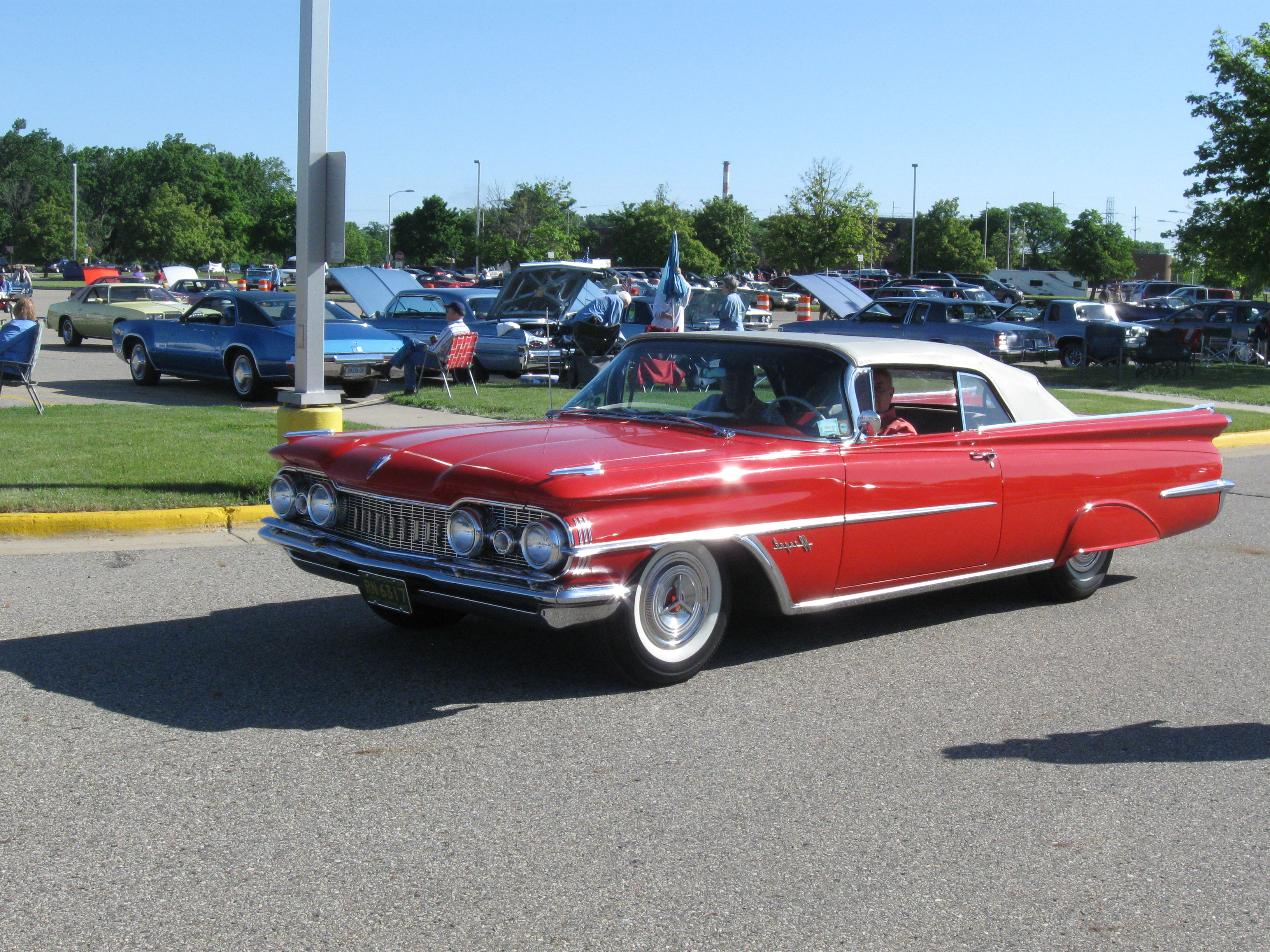Car Show Classics A Celebration of GM s 59 Models–Bats and Deltas