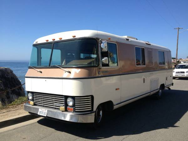 Curbside Classic: Ultra Van – Cross An Airplane With A Corvair For
