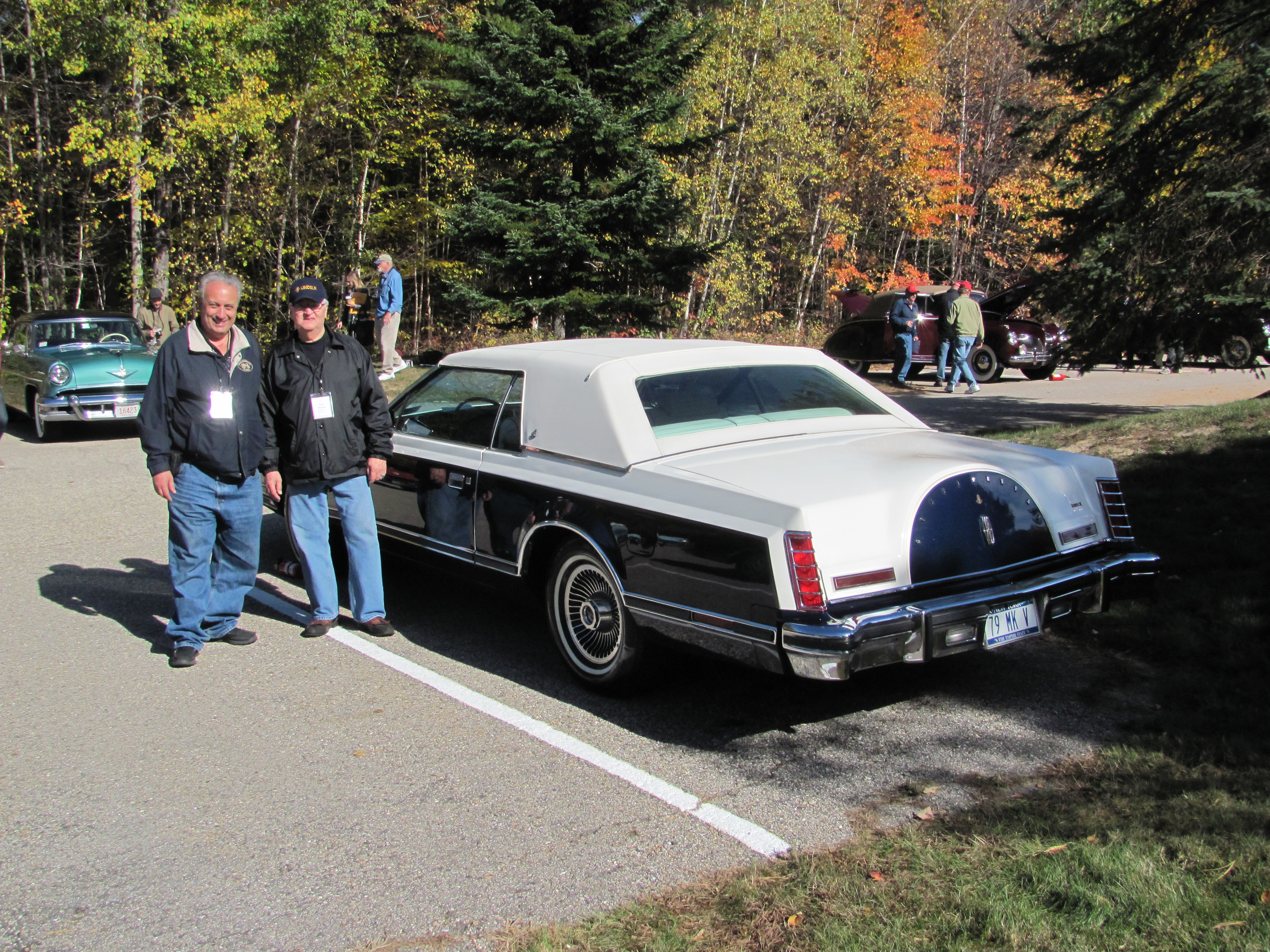 Classics In Traffic 1985 Cadillac Fleetwood Brougham 1989 Lincoln 79 Mark V Wiring Diagram Last Weekends Lcoc Eastern Meet Had A Carriage Roofed 1979 Mk Bill Blass As Best Of Show Original Owner And 99 Point Car Driven To The