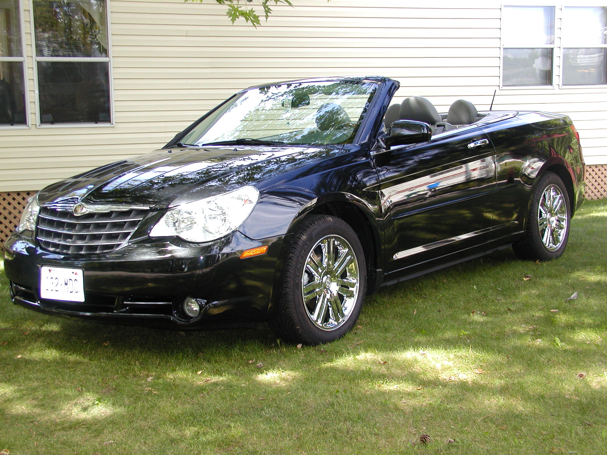 car hardtop convertible limited spondent chrysler