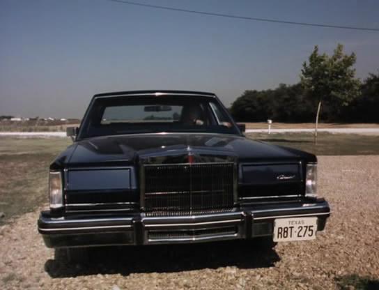 Cohort Outtake 198083 Lincoln Continental Mark VI  Dark Green