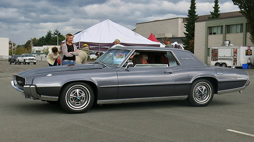 Curbside Classic 1968 Thunderbird Who Am I Why Here