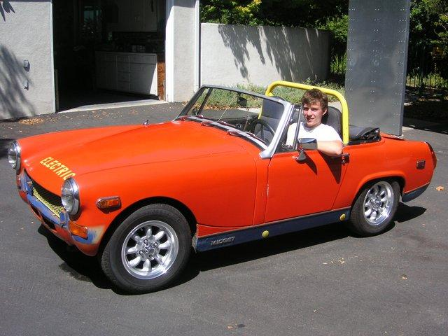 battery-mg-midget-nud-porn-stars