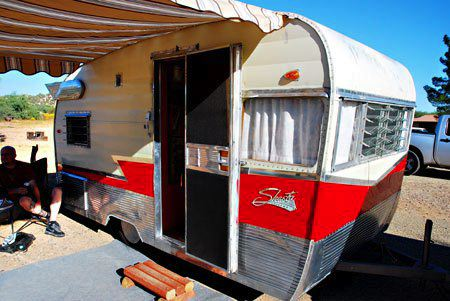 Curbside Classic: 1959 Chevrolet Apache 32 Fleetside and