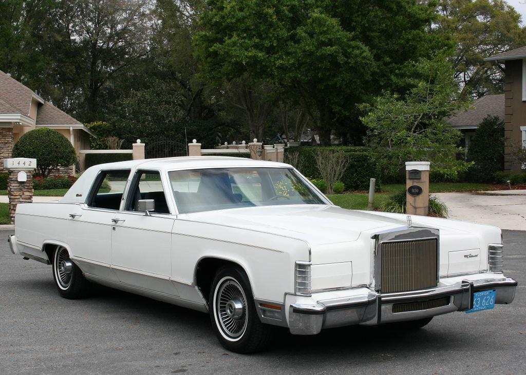 ebay find triple aqua 1979 lincoln continental town car i m in love. Black Bedroom Furniture Sets. Home Design Ideas