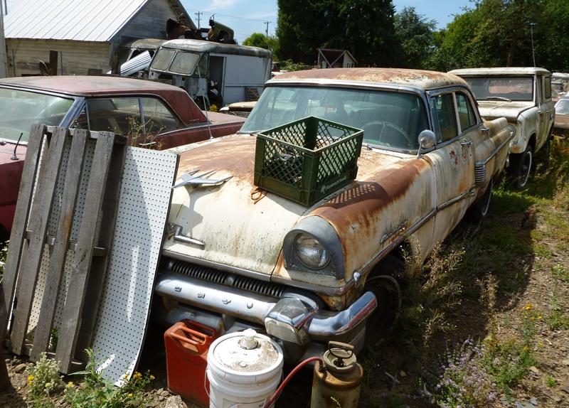 Classic Cars And Part Boneyard