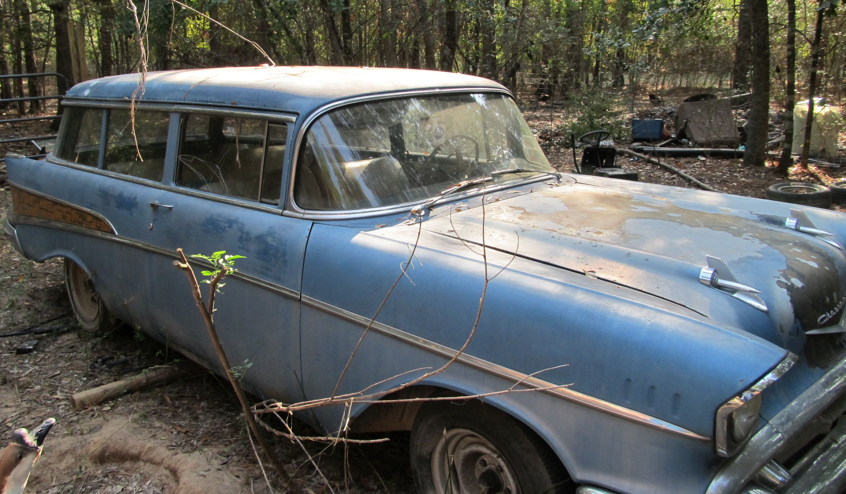Cars Parts: Old Cars Parts For Sale