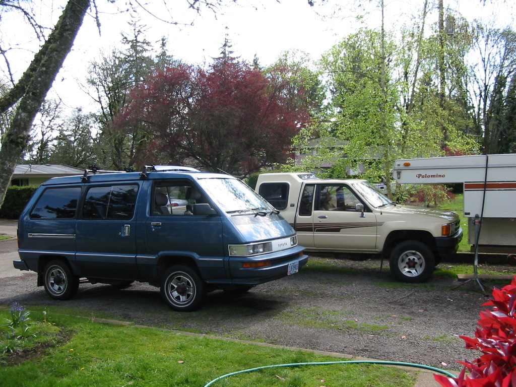 Cars Of A Lifetime 1987 Toyota 4 4 Van You Just Can T Kill It No Matter How Hard A Certain Somebody Tries Curbside Classic