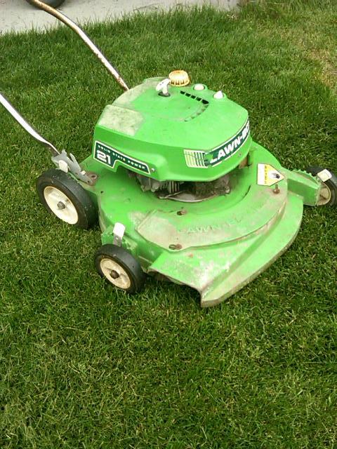 Lawnside Classic 1975 Lawn Boy Lawn Mower