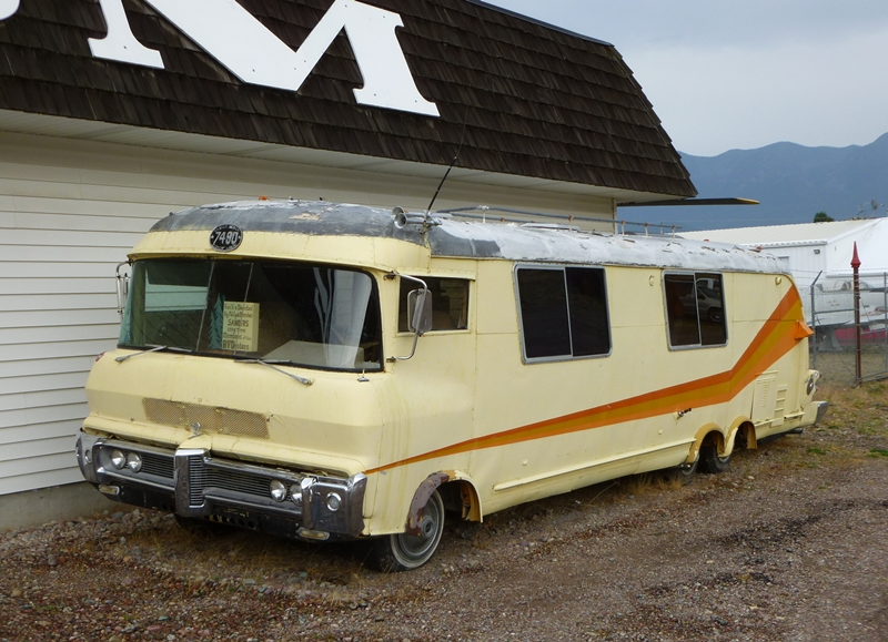 Curbside Classic Tiara The Ultra Hot Rod Of Motorhomes
