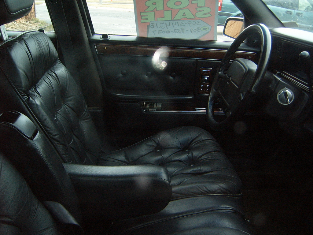Curbside classic 1992 chrysler fifth avenue the end of for 1993 chrysler new yorker salon