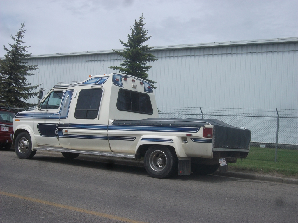 Chevy Work Vans For Sale Van-up 9-passenger 5th wheel hauler based on Chevy Express ...