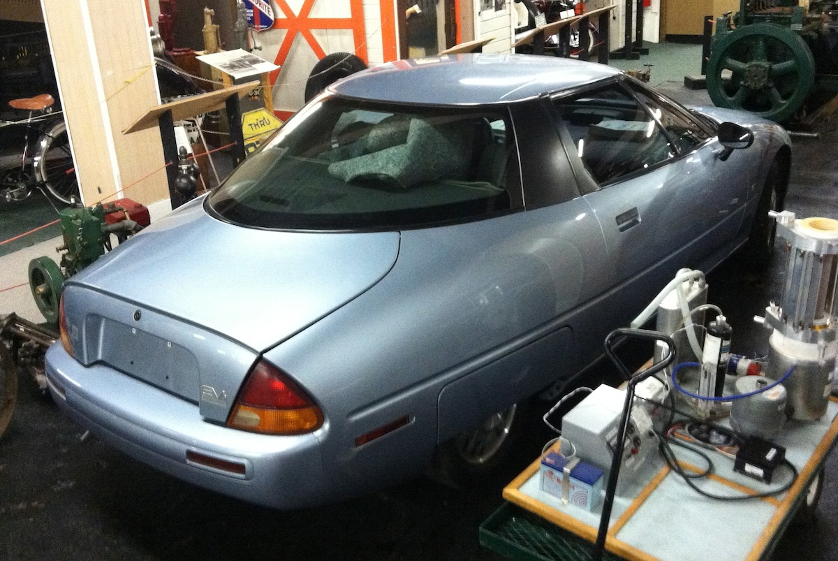 Road Trip Outtakes: 1997 GM EV1 - Who Put the Electric Car ...
