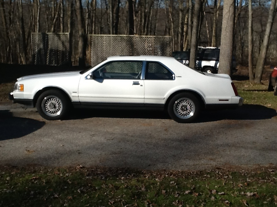 1990 Lincoln LSC for Sale http://www.curbsideclassic.com/blog/cc-for-sale-1990-lincoln-mark-vii-lsc-whats-it-worth-want-to-make-an-offer/