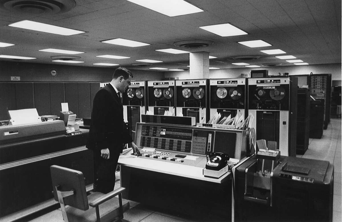 computer technology of the 1960s and Computer programmers are expected to be male and antisocial - an self-fulfilling   as late as the 1960s many people perceived computer.