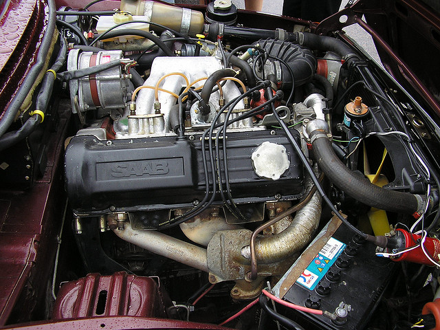 Saab 99 fuel injection