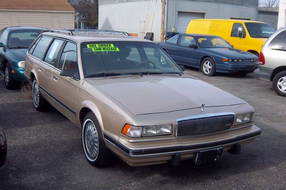 curbside classic 1994 buick century wagon fighting a. Black Bedroom Furniture Sets. Home Design Ideas