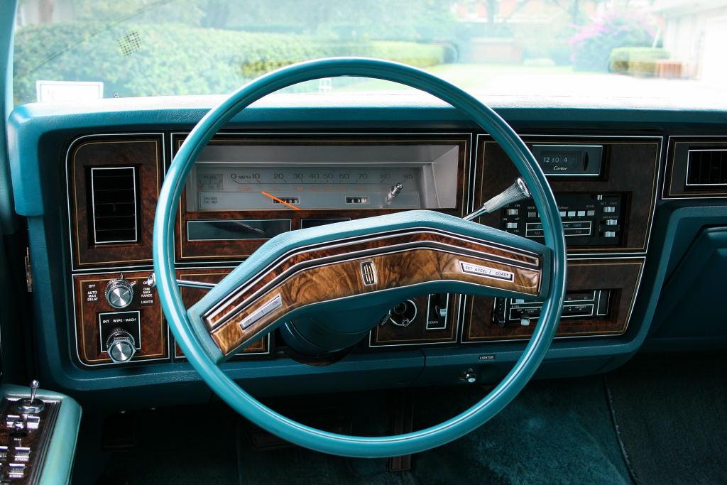 Ebay Find Triple Aqua 1979 Lincoln Continental Town Car