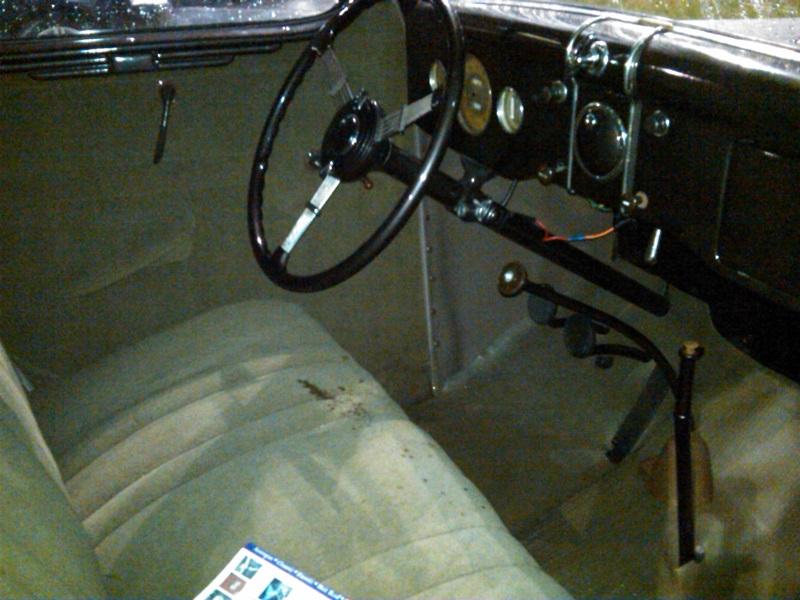 1936FordDeLuxe09