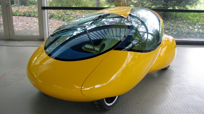 Colani Yellow_Egg_city-car_05[1]