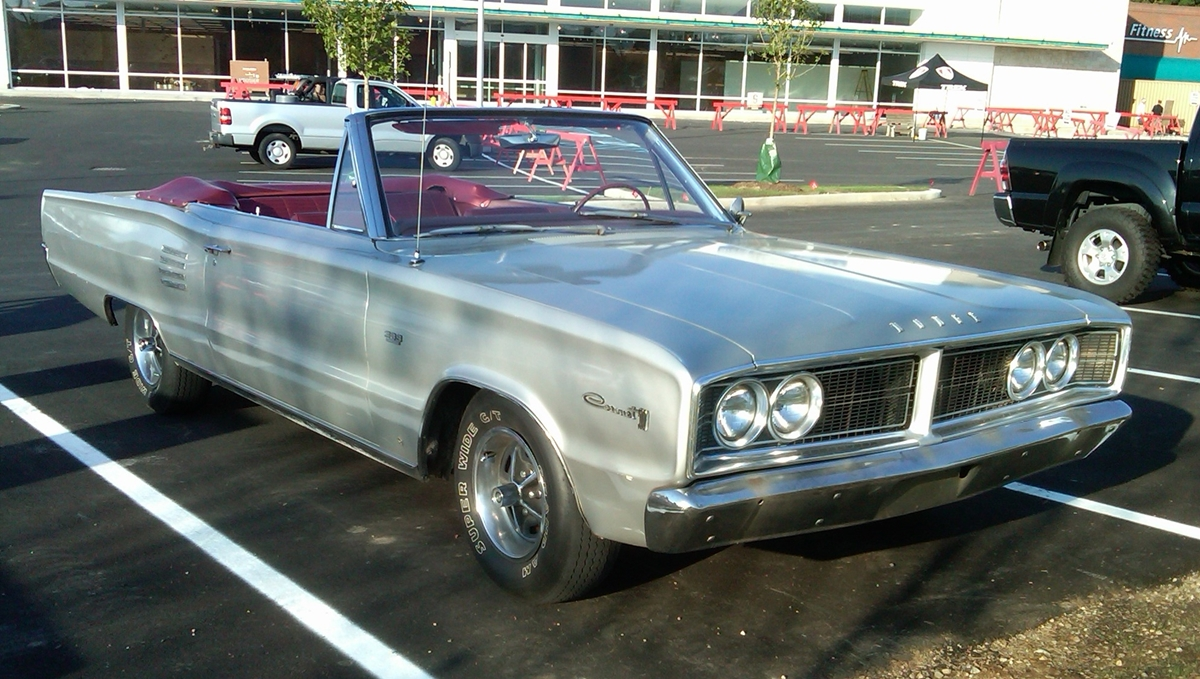 curbside classic 1966 dodge coronet 500 this b body. Black Bedroom Furniture Sets. Home Design Ideas