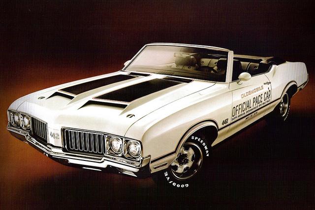 1970OldsPaceCar02