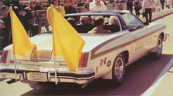 1974OldsPaceCar03