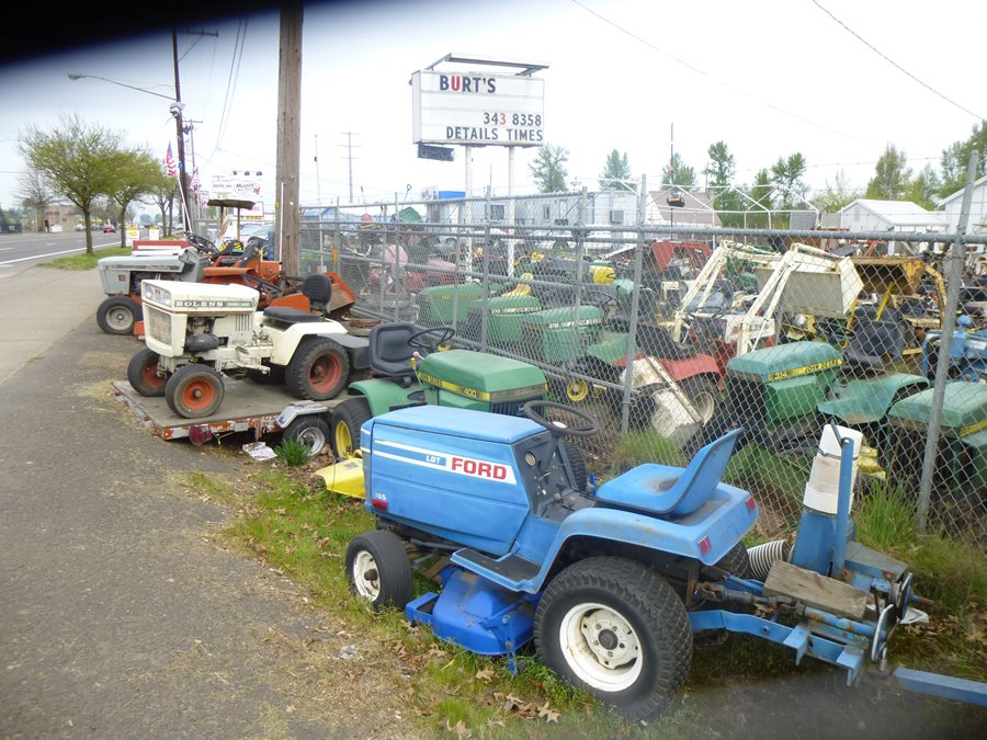 Lawnside Classics Burts Riding Mower And Garden Tractor Heaven Including One Of The Oldest Riding Mowers Ever on western cable plow wiring diagram