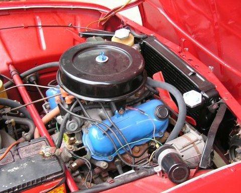 Saab_96_V4_Sedan_Engine_1