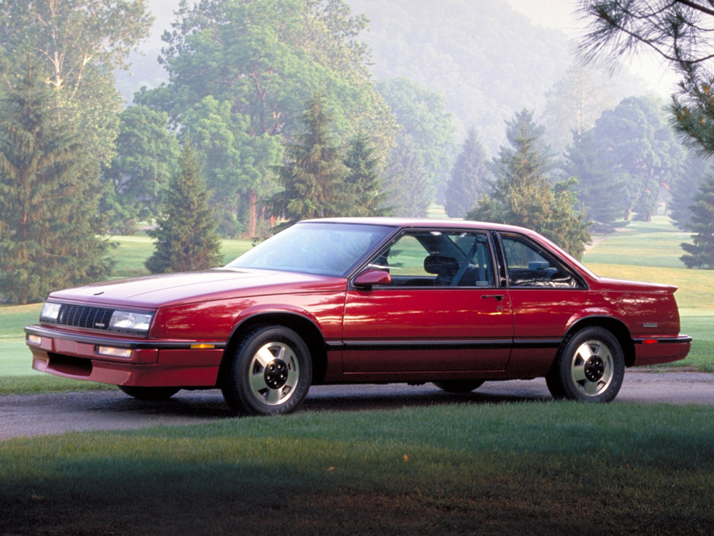 coal 1988 buick lesabre t type a young man buys an old autos post. Black Bedroom Furniture Sets. Home Design Ideas