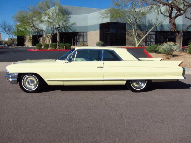 Cadillac 1962 side
