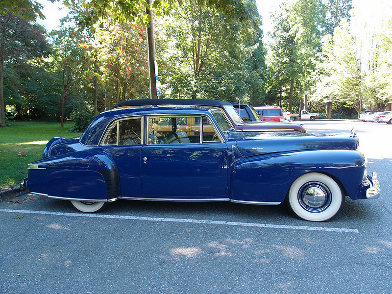 Lincoln Continental 1942 side