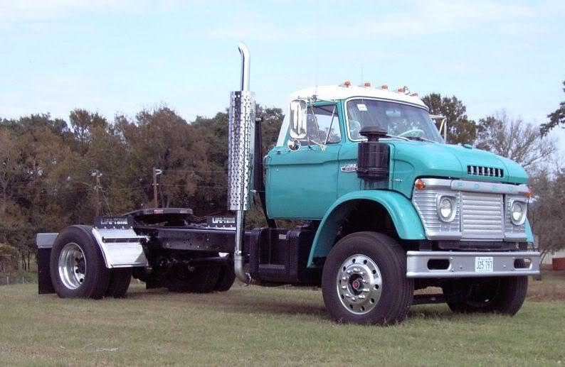 Here's a '66 Diesel N-series showing that raised roof. Nice color ...