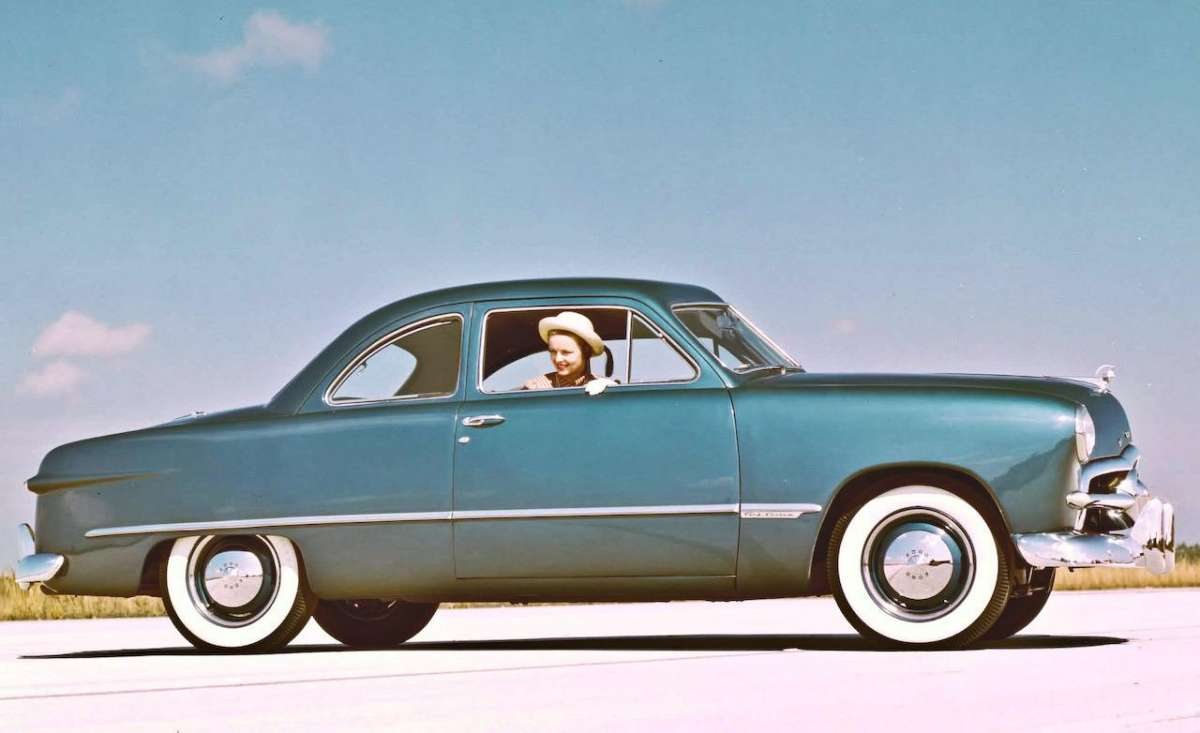 ford 1949 coupe-photo-282053-s-1280x782
