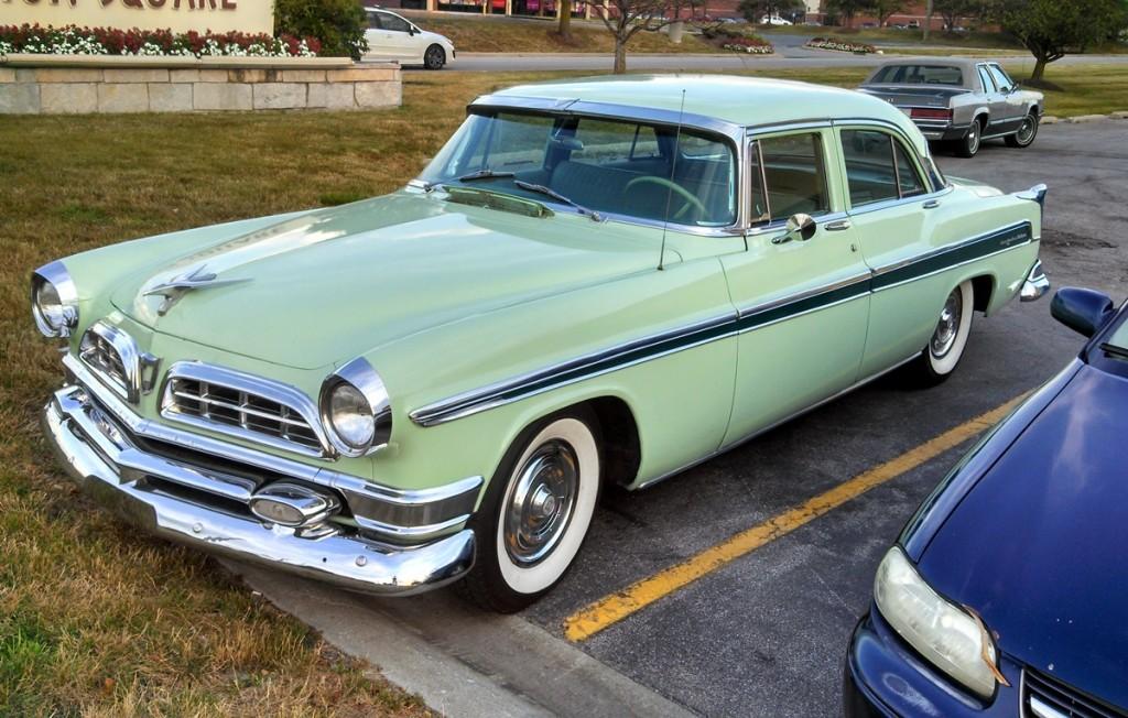 1955ChryslerNewYorker12