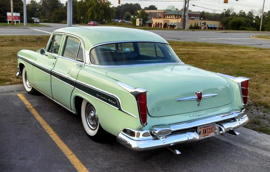 1955ChryslerNewYorker17