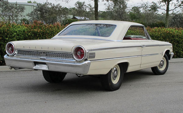 [Image: 1963-Ford-Galaxie-500-Factory-Lightweight-7.jpg]