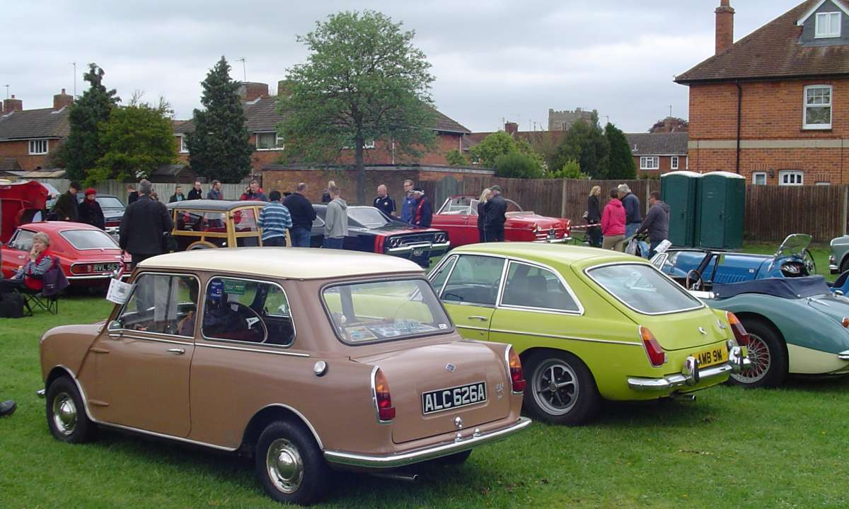 Merlins Rest Car Show