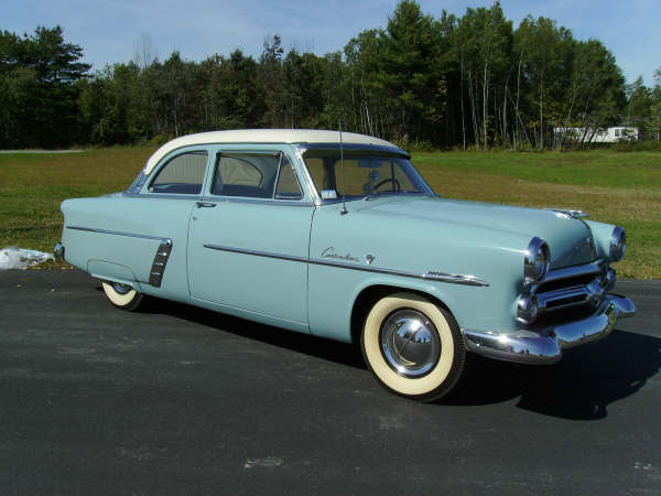 ford 1952 customline-coupe-01