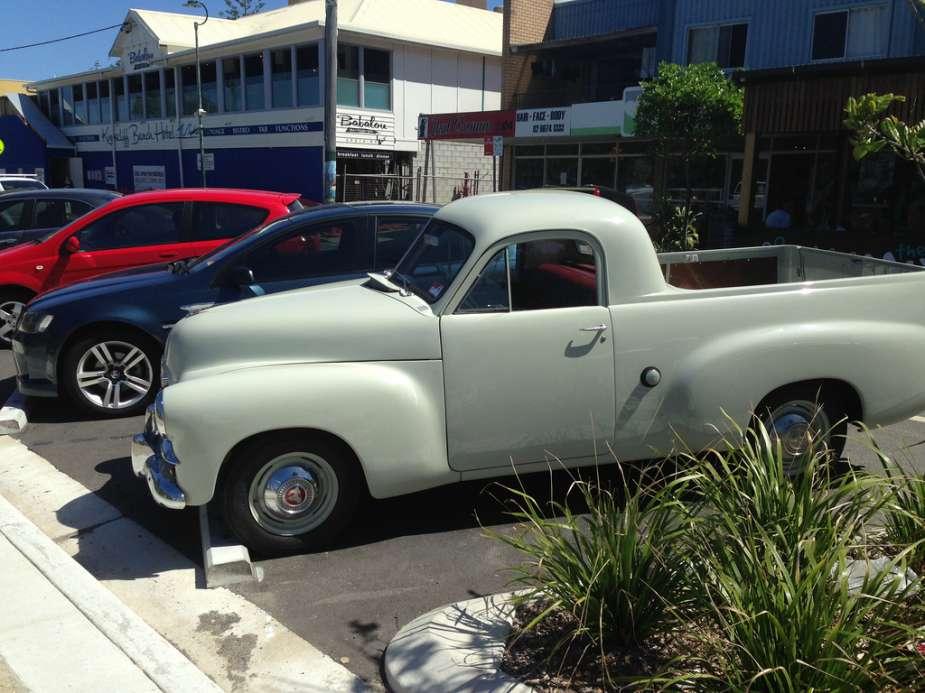Holden FJ 1953 ute s