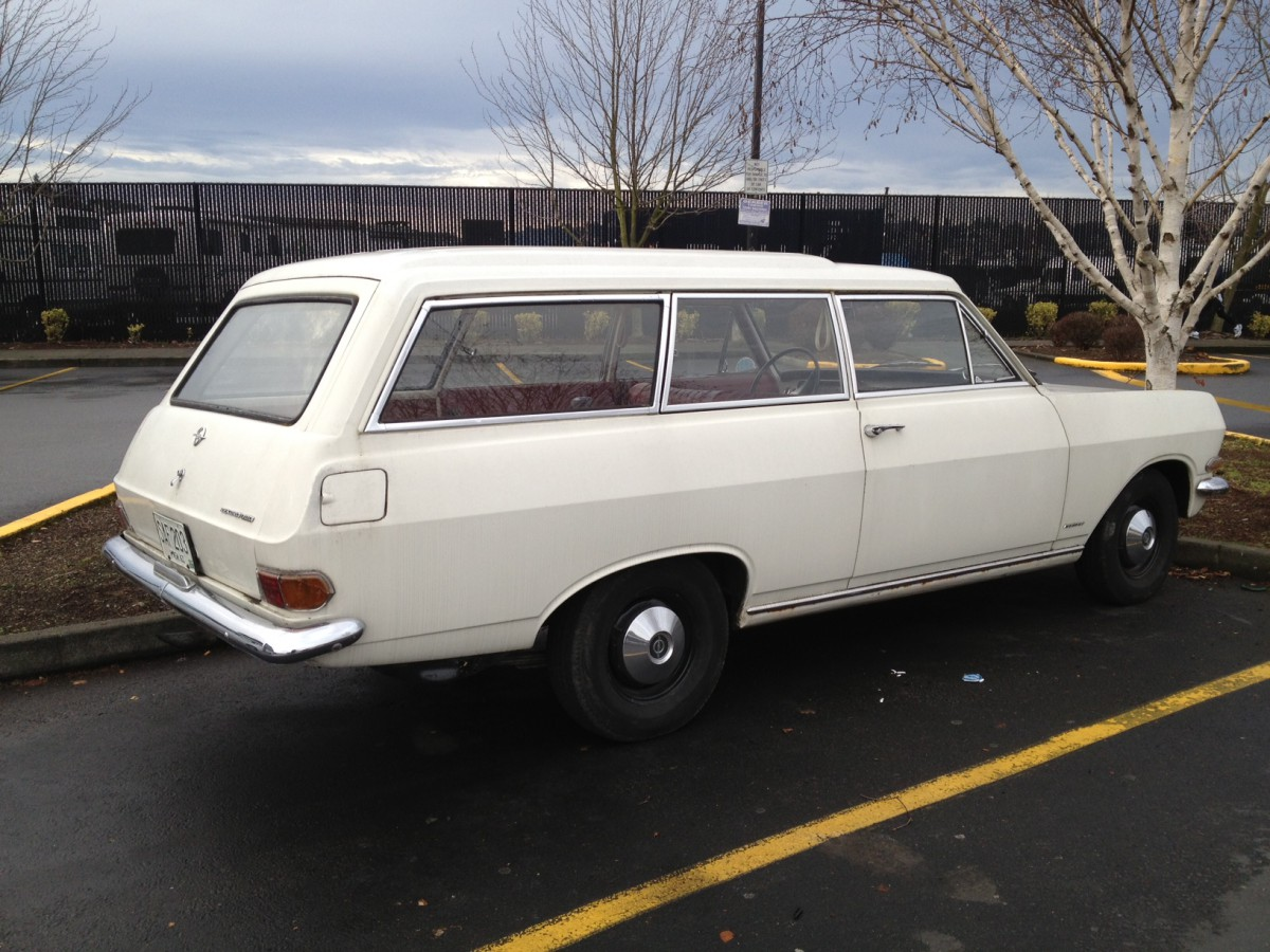 Opel Rekord 1963  wagon side