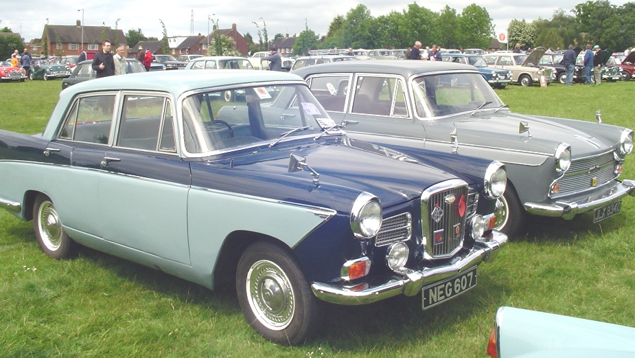 Wolseley 16-60 Austiin Cambridge A60