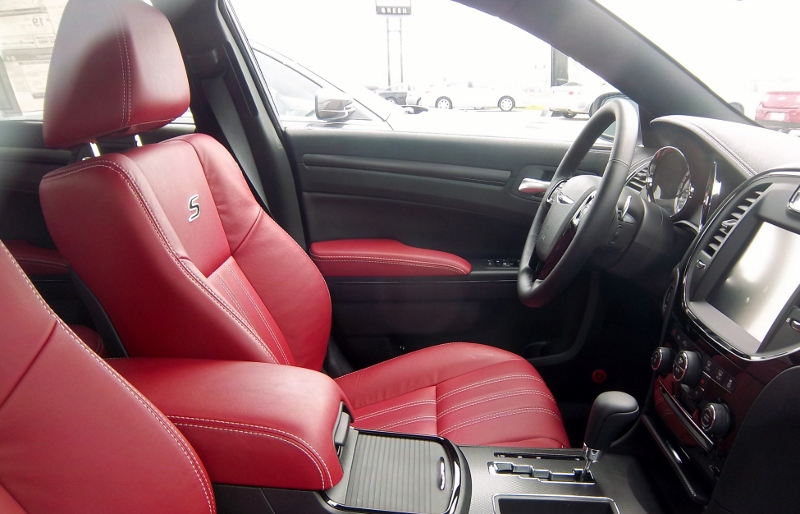 pics for 2013 chrysler 300 interior colors. Black Bedroom Furniture Sets. Home Design Ideas