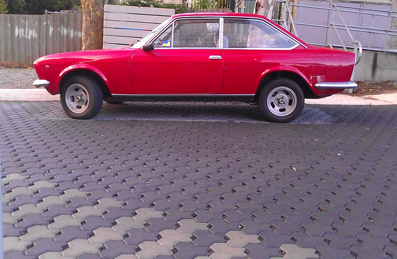 Fiat124coupered
