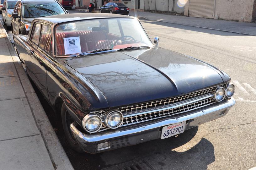 Ford 1961 sedan blk f